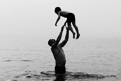 מורשת האב – מוניקה ברג